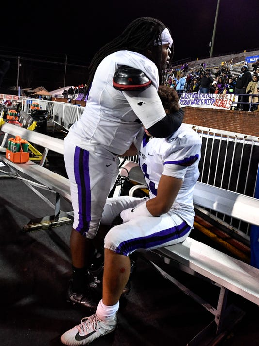 State_Football_6A_05