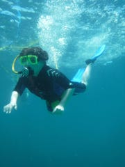 SNUBA (Scuba, snorkel combination) diving is available