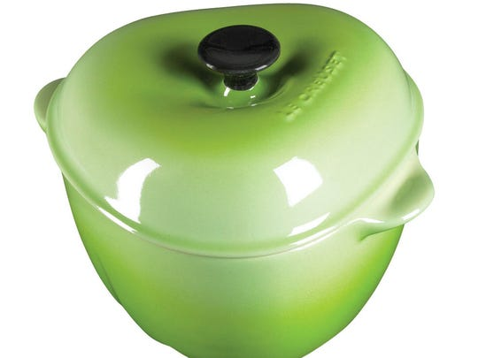 Apple-shaped casserole dishes by Le Creuset.