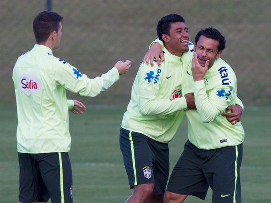 APTOPIX_Brazil_Soccer_WCup_XLC109_WEB534801