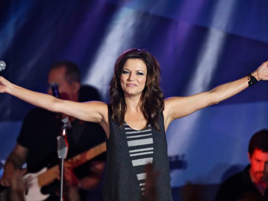 Country singer Martina McBride is coming to the Visalia Fox Theatre.
