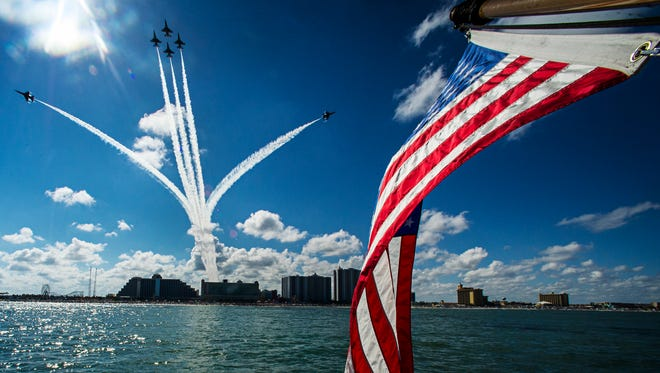 The Air Force Thunderbirds will perform at the 2016 OC Air Show.
