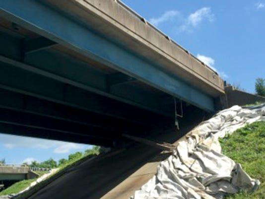 636016806506737050-TM-Bridge-Worker2.jpg