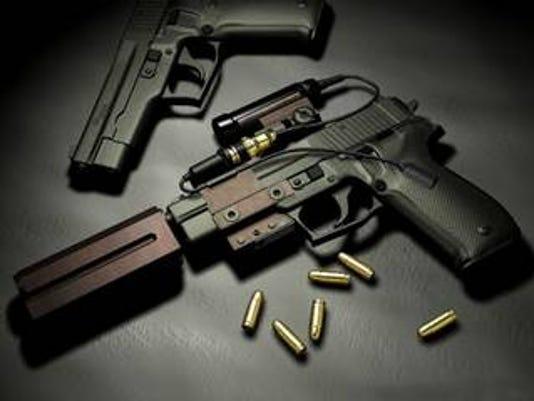 636190438771299417-gun-show.jpg