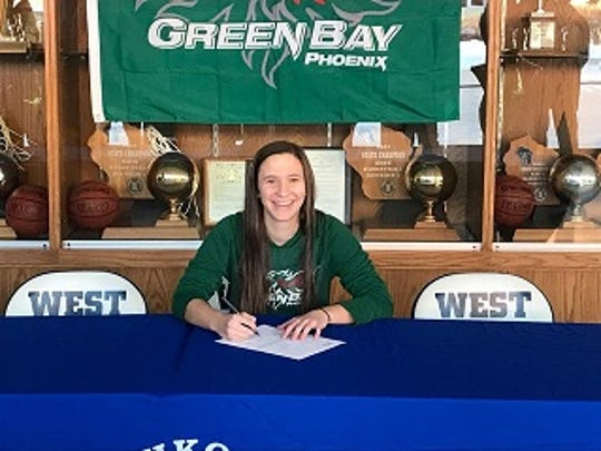 Oshkosh West's Taylor Reichow signed her National Letter