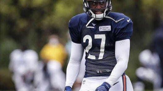 Chicago Bears defensive back Sherrick McManis looks on during training camp Aug. 25, 2020 in Chicago.