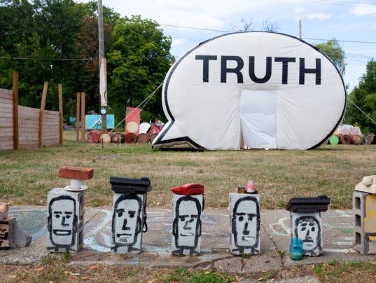 636148173685439819-ENT-Truth-Booth-2016-Corrin.jpg