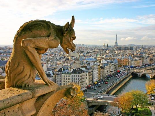 636295949319083334-france-paris-notre-dame-030417-lv.jpg