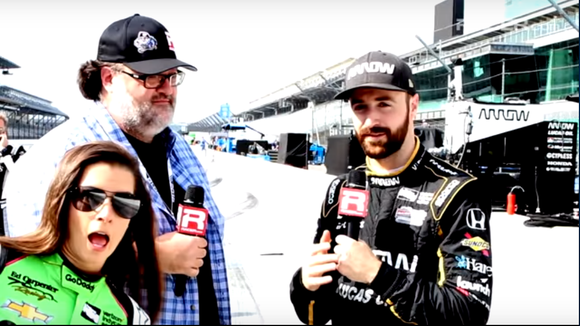 Danica Patrick hilariously videobombed IndyCar driver James Hinchcliffe's interview