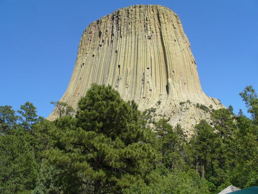 devils tower hindu personals The devils tower in wyoming has a few mysterious anomolies near it, and the ancient indian tales of the world tree they hid from the great bear on top of, le.
