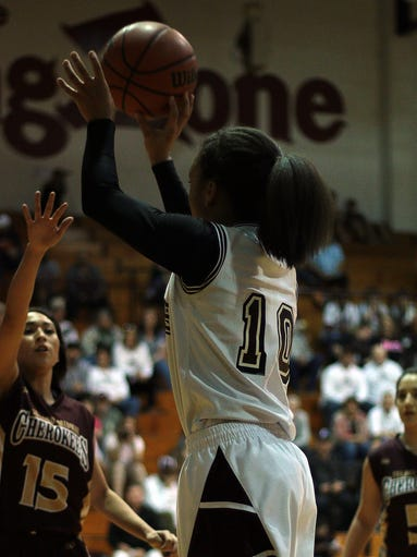 Flour Bluff's Halyle Campbell (10) shoots over Tuloso-Midway's