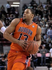 Auburn Tigers forward Desean Murray.