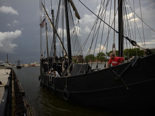 GPG Nina and Pinta ships in Green Bay