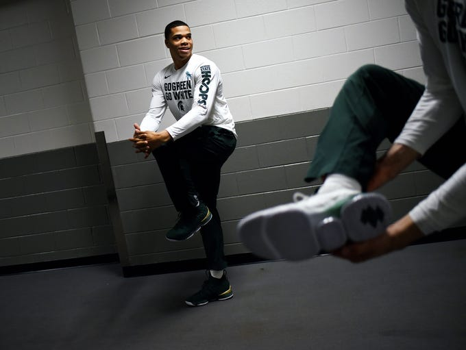 Michigan State's Miles Bridges warms up in the hallway