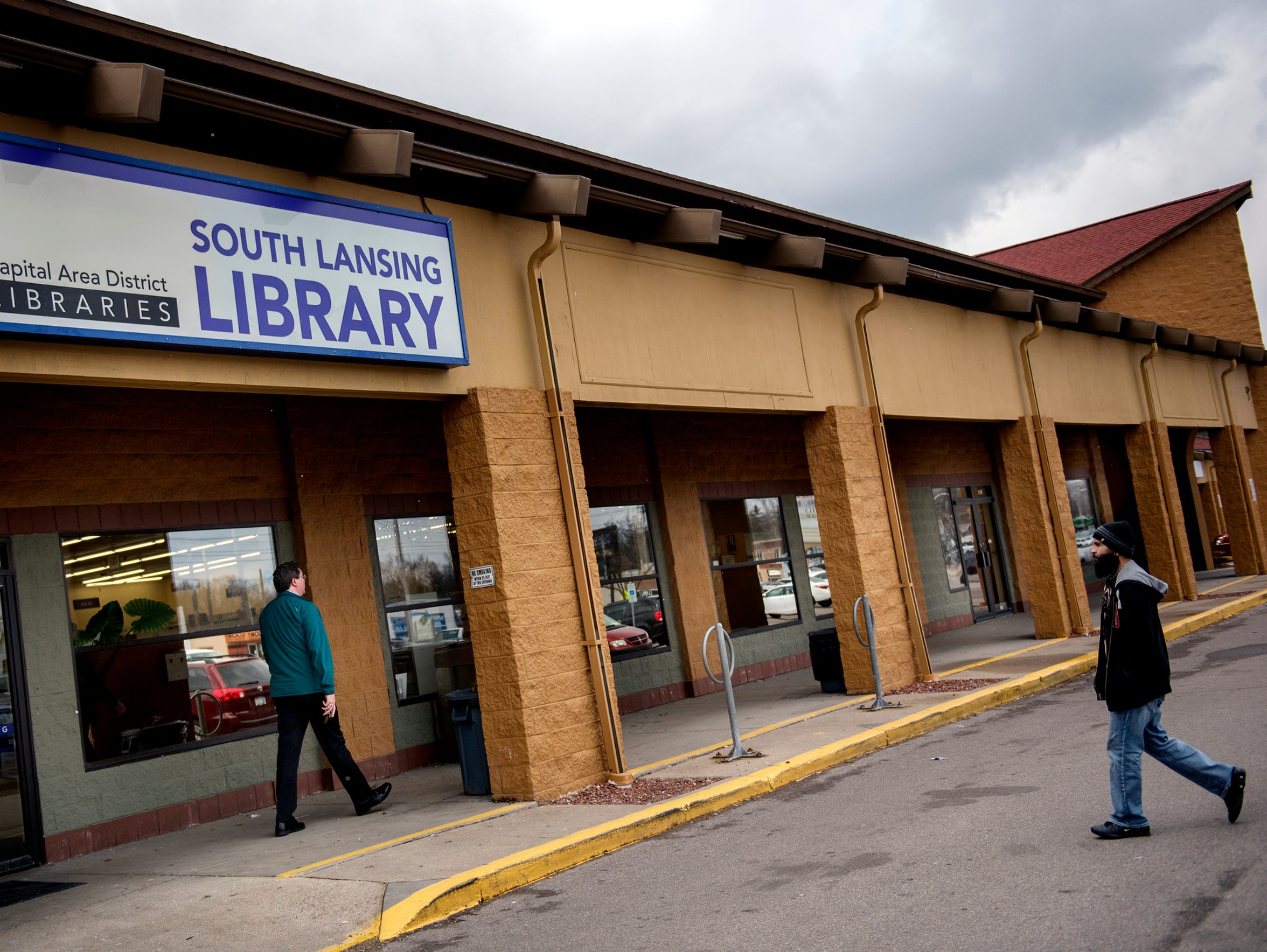The south Lansing Capital Area District Libraries branch