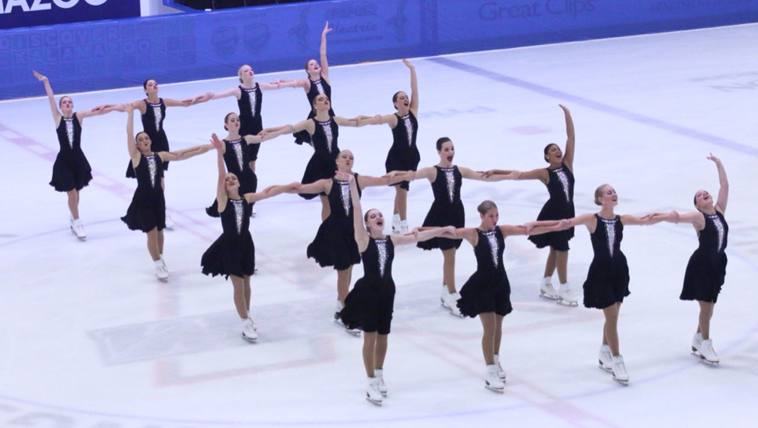 Hamilton S Abby Dowse Competing Internationally In Synchro