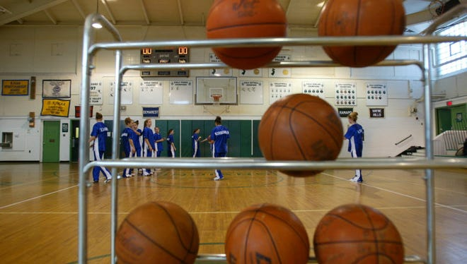 Final regular season boys basketball games