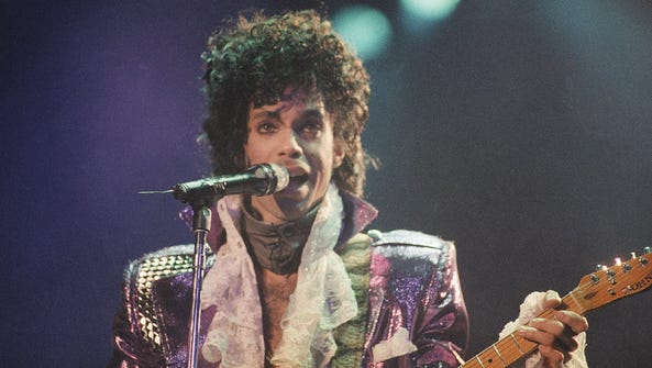 Prince performs on Feb. 18, 1985, at the Forum in Inglewood,