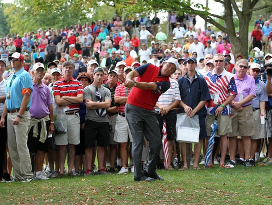 2013-10-03 presidents cup muirfield village phil 2 usp