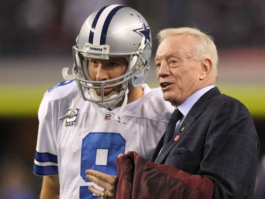 2017-03-05-tony-romo-jerry-jones
