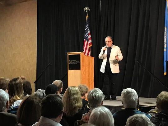 Conservative author and speaker David Horowitz addresses