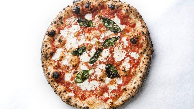 america 39 s 15 best pizzas. Black Bedroom Furniture Sets. Home Design Ideas