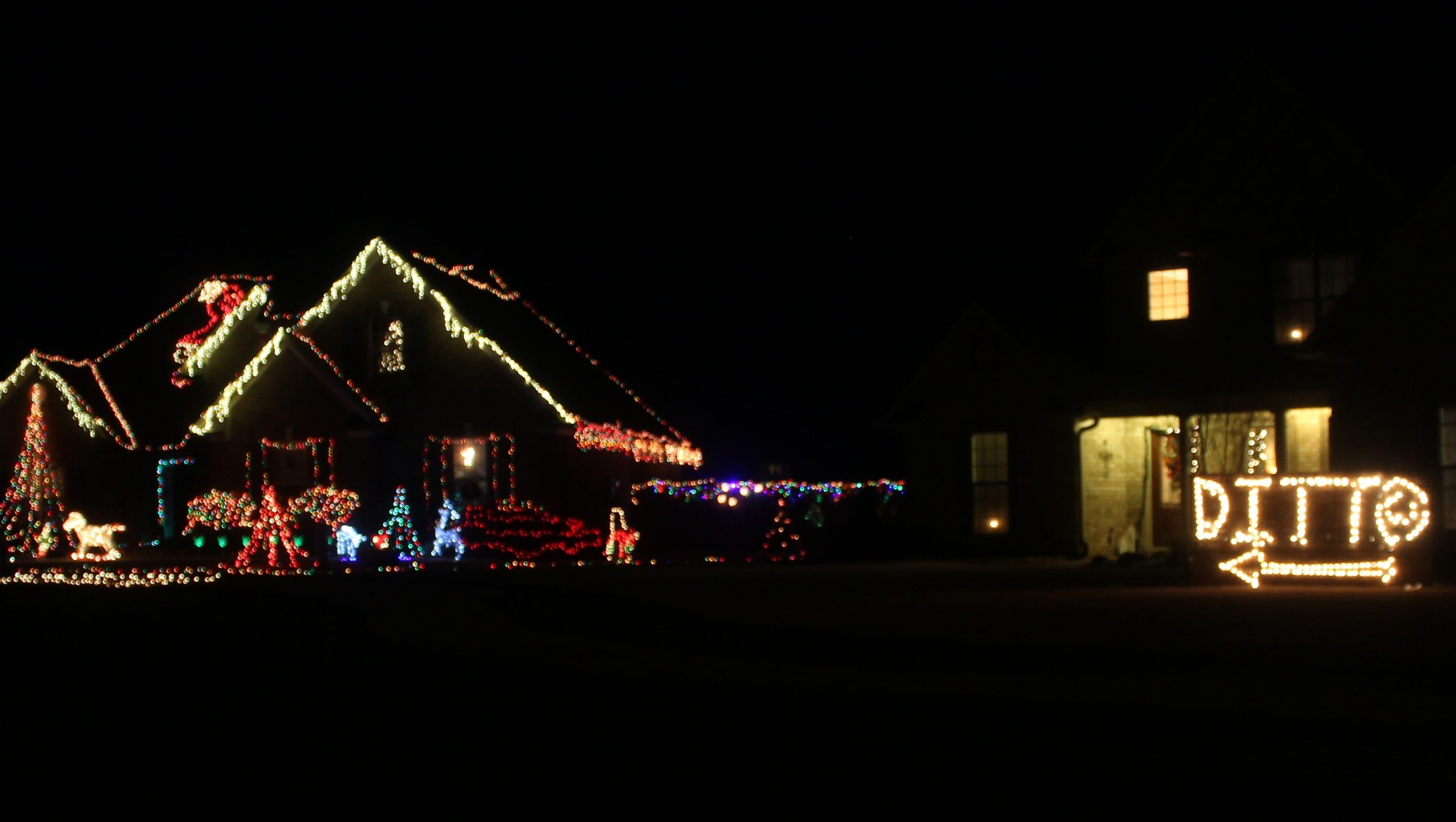 image httpwwwgannett cdncom mm e7676e3380be95d817dc2194134474d2c7a8f534c761 0 4057 1860rx1683c3200x1680local mediausatodaytest20131223 - Mm Christmas Lights