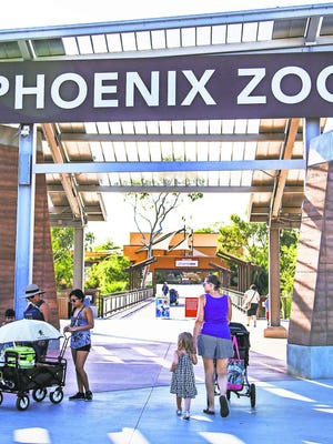 The entrance to the Phoenix Zoo.