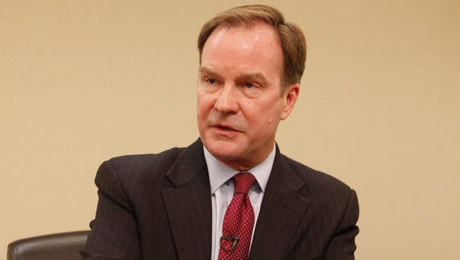 Michigan Attorney General Bill Schuette has recommended that states impose their own economic sanctions on Iran.