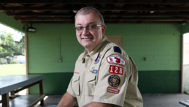Ed Rogers is a den leader with the Muskingum Valley Council of the Boy Scouts of America.