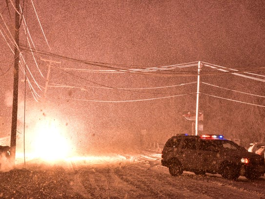Due to downed electrical wires, the police briefly