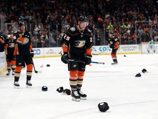APTOPIX_Stars_Ducks_Hockey_25238.jpg