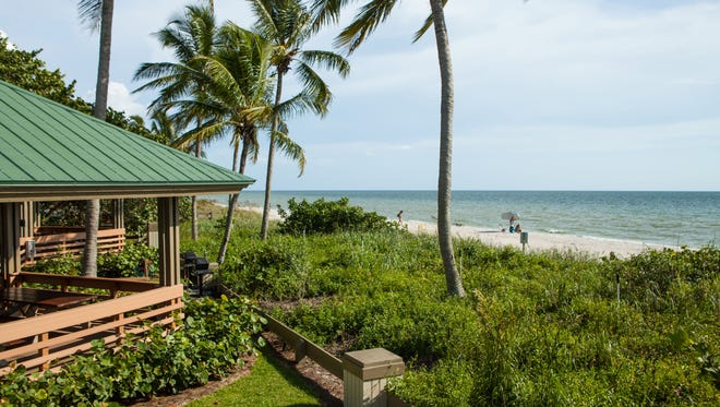 The residents-only Bonita Bay beach park provides picnic pavilions, grills, beach chairs and lounges, umbrellas, showers, restrooms equipped with infant changing stations and shuttle service from Bonita Bay to the beach.