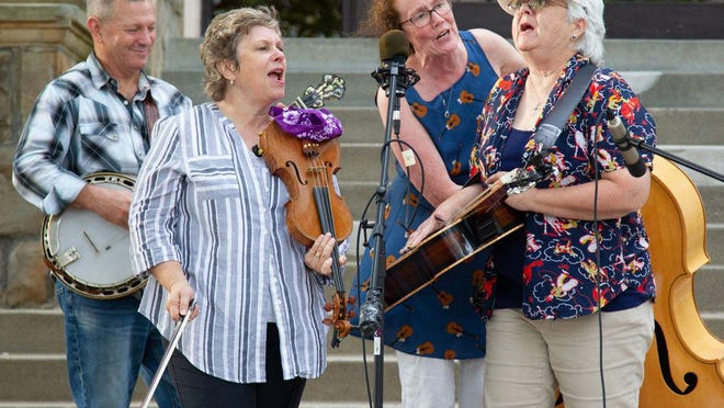 File photo of a previous Summer on the Square performance by the Hootin' Annie's with Jimmy Campbell.