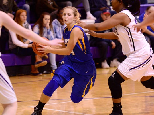 Heidi Marshall scored 15 points in Clyde's setback to Ross.