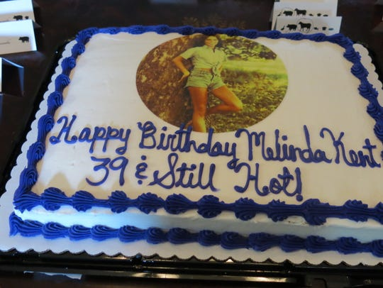 Melinda Kent's birthday cake with its photo of her,