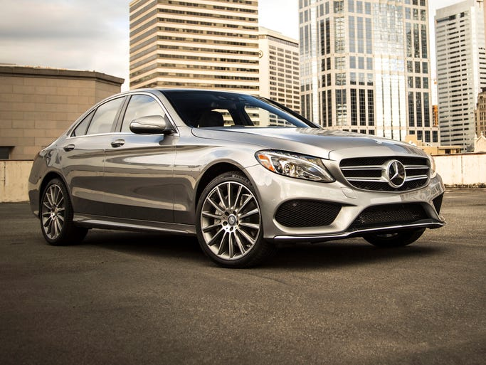 Thanks to an intelligent lightweight design concept boasting weight savings of up to 200 lbs, excellent aerodynamics and new, economical engines, the 2015 C-Class establishes new benchmarks in its class.