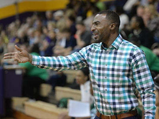 Bossier coach DeShawn Williams has his team No. 2 in the state with some key wins.