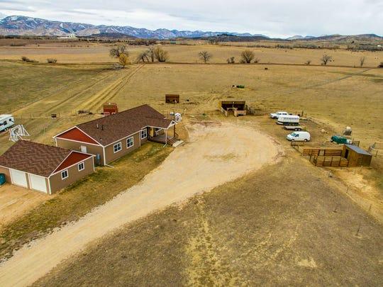 2464 Boettcher Farm
