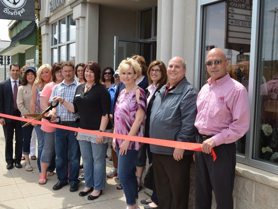 GJ's Salon N Spa recently held a ribbon-cutting to