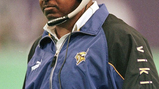 Former Minnesota Viking coach Dennis Green died on
