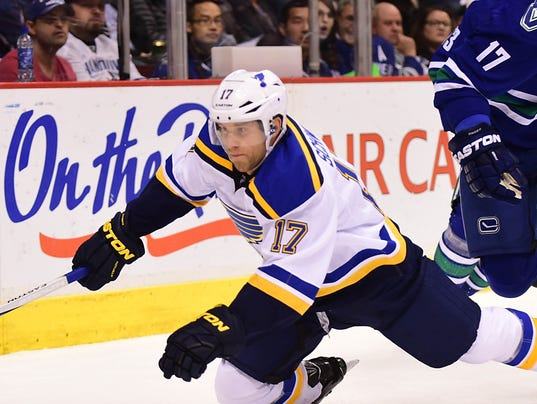 USP NHL: ST. LOUIS BLUES AT VANCOUVER CANUCKS S HKN CAN BR