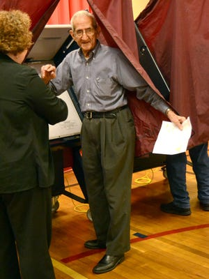 Jimmie Gabour, 101, votes at Cherokee Elementary School in Alexandria on Tuesday, November, 4, 2014. --Tia Owens-Powers/ towens@thetowntalk.com