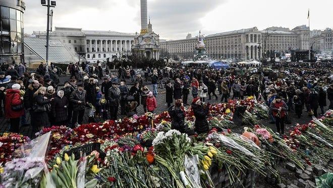 """Former CIA agent John McLaughlin says Ukraine is witnessing """"street power."""""""