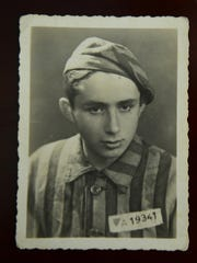 A photo of  Shalom Lindenbaum in his concentration