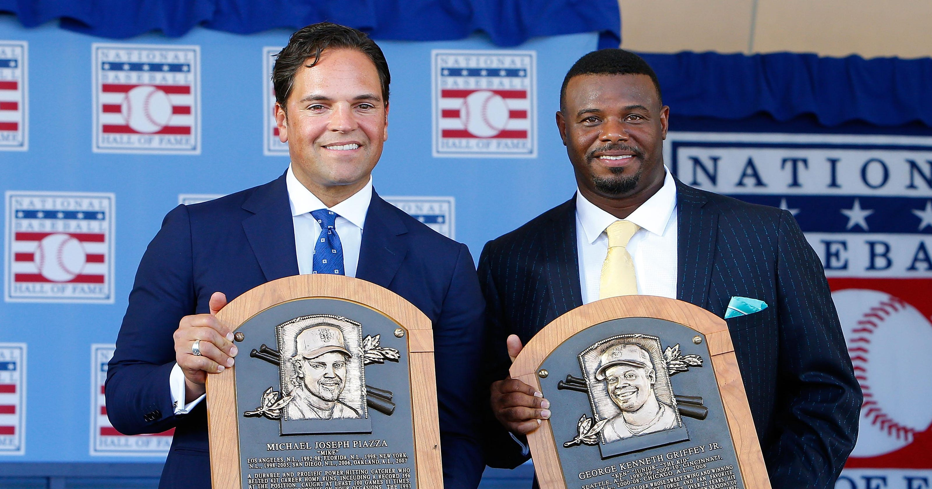 bfeebd241c Griffey Jr., Piazza inducted in tearful Hall ceremony