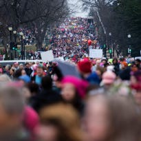 Women's March on Washington vs. Inauguration: March crowds take lead
