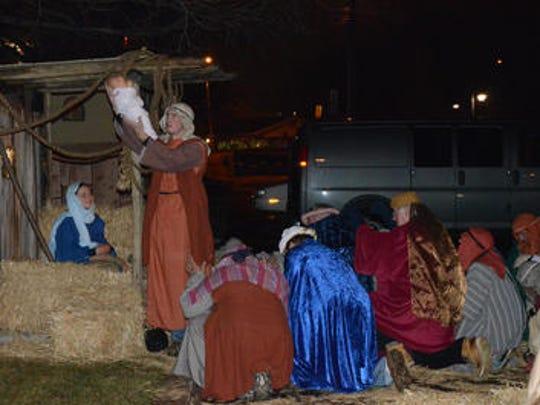 Live Nativity players