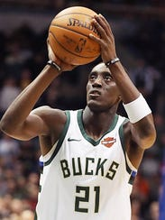 Bucks guard Tony Snell is averaging 8.1 points a game this season.
