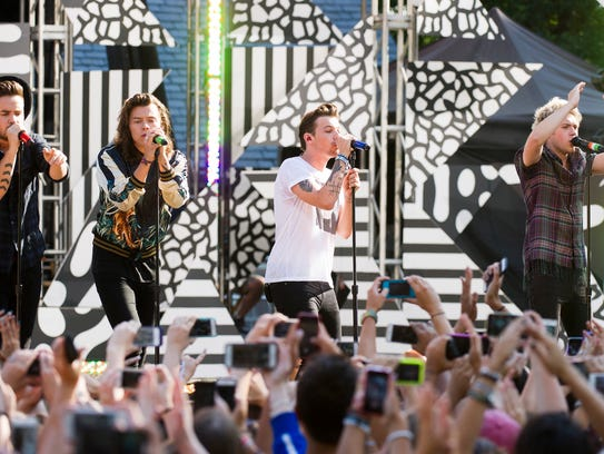 "One Direction performs on ABC's ""Good Morning America"""
